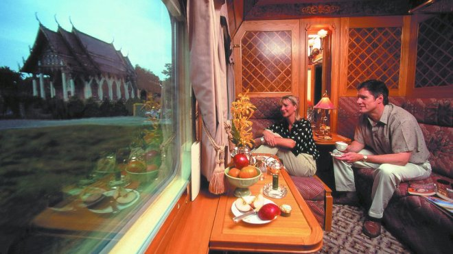 The Opposite of Peripheral Tourism: Carriage with Fanciful View