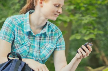 Is the Handheld GPS Dead? Not Quite