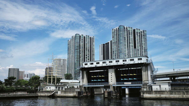 Street Art and Murals in Tokyo's Tennozu Isle