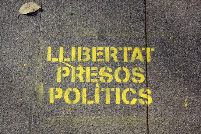 Catalan Independence in Barcelona - On the Sidewalk: Freedom for the Political Prisoners
