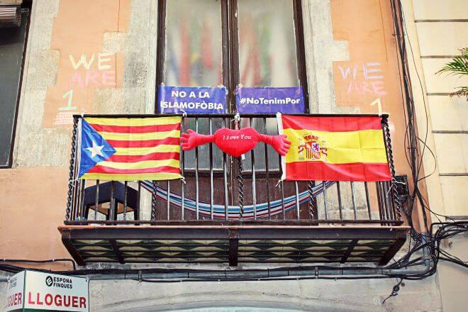Catalan Independence in Barcelona - Catalonia Loves Spain (Or Vice Versa)