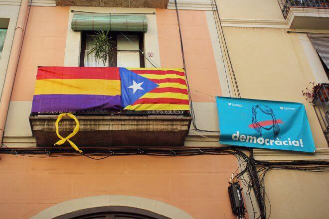 Catalan Independence in Barcelona - Just a Nice Composition