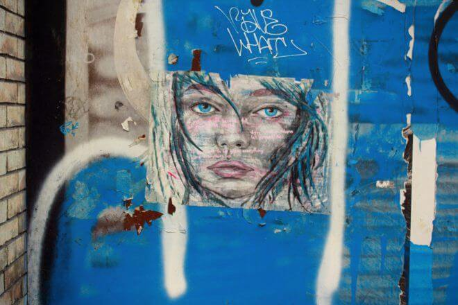 Street Art in Barcelona: Looking Blue